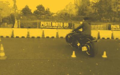 Harley Davidson Breakout sur le plateau de Moto École Asphalte